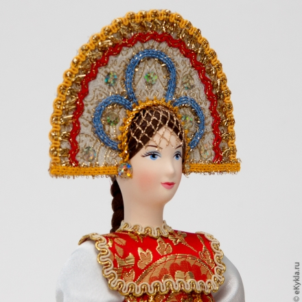 Doll in a Russian folk dress Center of Russia 30 cm