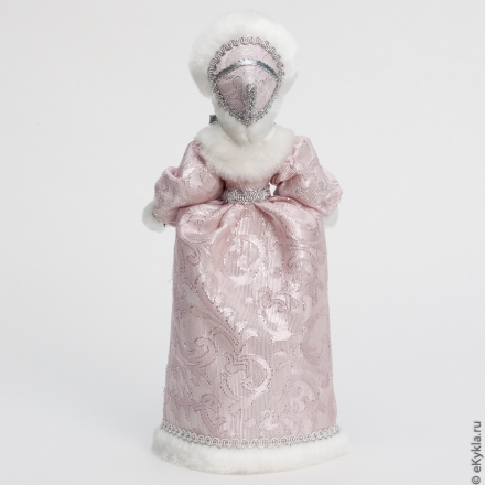 Doll Lady in the hood winter 29cm